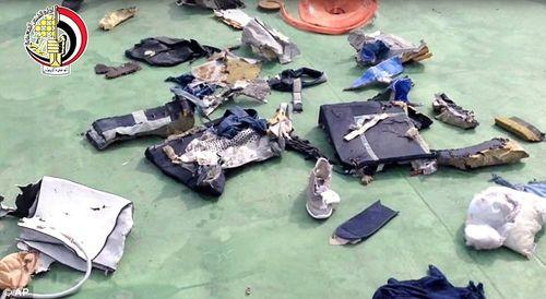 Tìm thấy tất cả các thi thể nạn nhân trên máy bay MS804 - Ảnh 1
