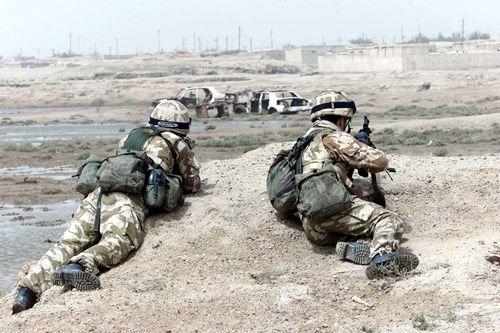 Đặc nhiệm Anh dùng dao hạ 3 phiến quân IS do súng hết đạn - Ảnh 1
