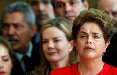 Thượng viện Brazil phế truất Tổng thống Rousseff - Ảnh 1