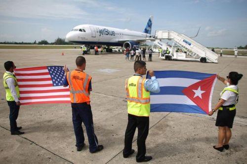 Mỹ thực hiện huyến bay thương mại đầu tiên tới Cuba sau hơn 50 năm - Ảnh 1