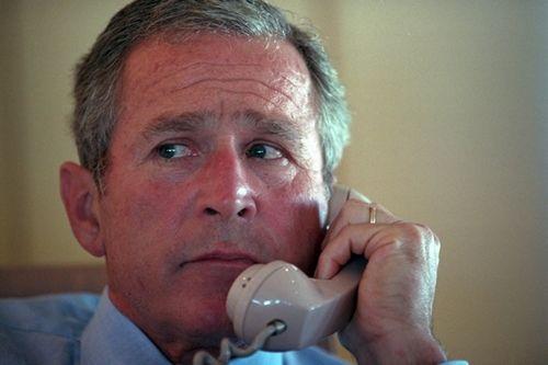 Trợ lý cựu tổng Thống Mỹ công bố diễn biến trên Không lực Một sau vụ 11/9 - Ảnh 1