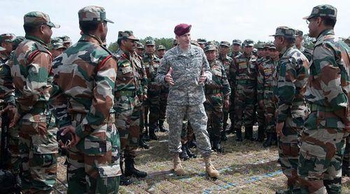 Mỹ - Ấn tập trận chung ngay sát biên giới Trung Quốc - Ảnh 1