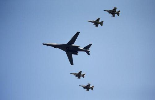 Triều Tiên sẵn sàng tấn công chống lại 'sự khiêu khích' của Mỹ - Ảnh 1