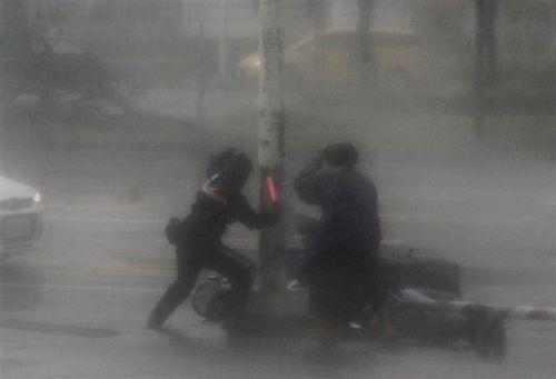 Trung Quốc ban hành cảnh báo màu vàng với bão Malakas - Ảnh 1