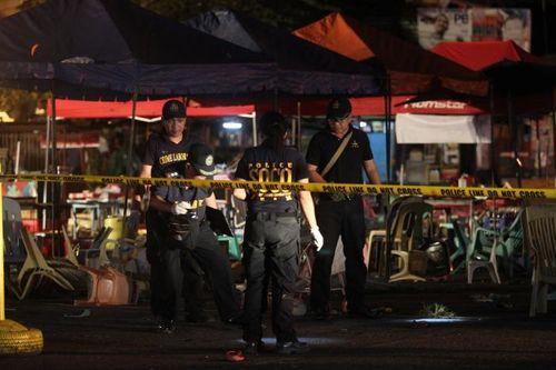 Nổ bom chợ đêm Philippines, 12 người thiệt mạng - Ảnh 1