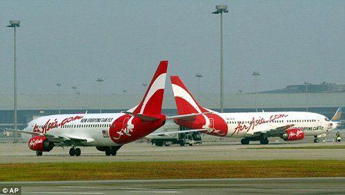 Máy bay AirAsia chở 212 hành khách đi lạc vì lỗi đánh máy - Ảnh 1