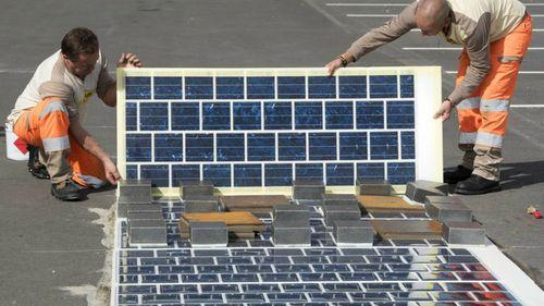 Pháp xây dựng con đường bằng pin mặt trời - Ảnh 3