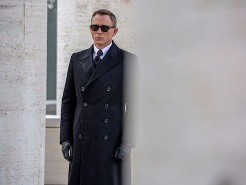 Soi trang phục, phụ kiện hàng hiệu của Điệp viên 007 - Ảnh 3