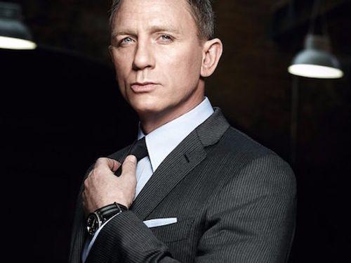 Soi trang phục, phụ kiện hàng hiệu của Điệp viên 007 - Ảnh 6