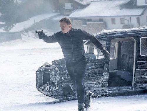 Soi trang phục, phụ kiện hàng hiệu của Điệp viên 007 - Ảnh 8