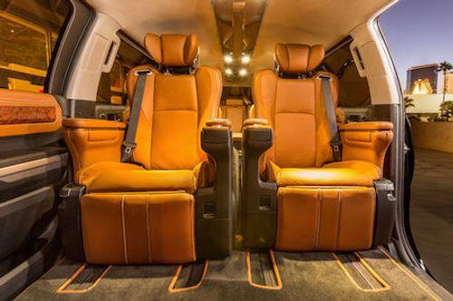"""""""Siêu"""" Limousine bán tải độc đáo mới của TOYOTA - Ảnh 2"""