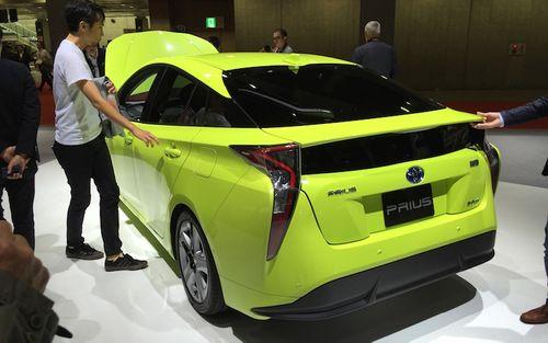 Toyota ra mắt Prius hoàn toàn mới tại Tokyo - Ảnh 1
