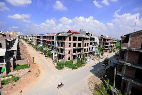 Những khu đô thị nghìn tỷ mọc rêu vắng bóng người - Ảnh 9
