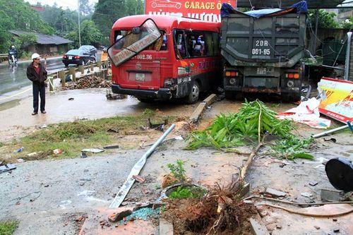 41 người chết vì tai nạn giao thông trong ngày 2/5 - Ảnh 1