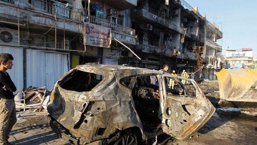 Đánh bom liều chết vào chốt an ninh ở Baghdad, 40 người thương vong - Ảnh 1