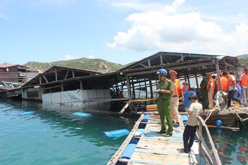 Vụ sập bè nổi ở Ninh Thuận: Tử vong vì kiệt sức sau khi cứu nhiều người - Ảnh 1
