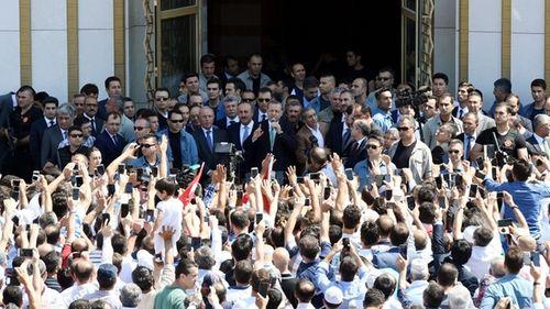 Sau đảo chính, Thổ Nhĩ Kỳ đóng cửa hàng nghìn trường học - Ảnh 1