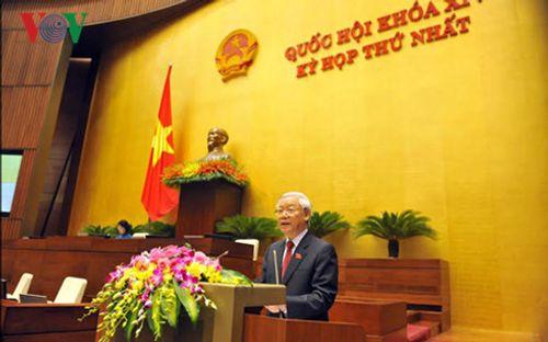 Chính thức ra mắt bộ máy lãnh đạo cao nhất của Quốc hội khóa XIV - Ảnh 1