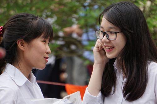 Ngày 28/7, Bộ GD-ĐT công bố mức điểm sàn xét tuyển đại học - Ảnh 1