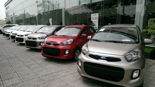 Nhiều Sedan cỡ nhỏ bất ngờ giảm giá trên thị trường Việt Nam - Ảnh 1