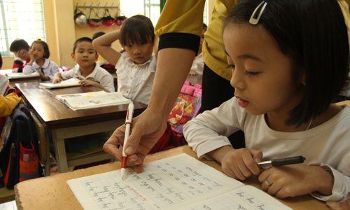 Thanh Hóa thiếu hơn 1.000 giáo viên trong năm học mới - Ảnh 1