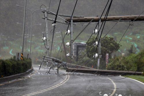 Siêu bão Meranti mạnh nhất thế giới đổ bộ, Đài Loan tan hoang - Ảnh 3