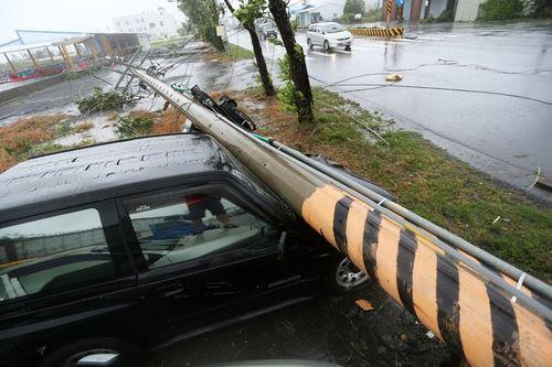 Siêu bão Meranti mạnh nhất thế giới đổ bộ, Đài Loan tan hoang - Ảnh 4
