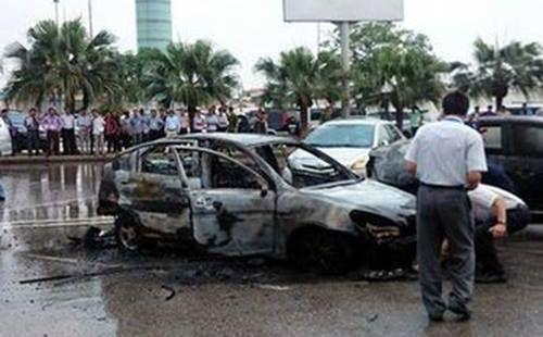 Điều tra vụ tài xế tử vong trong ôtô bốc cháy ở Nội Bài - Ảnh 1