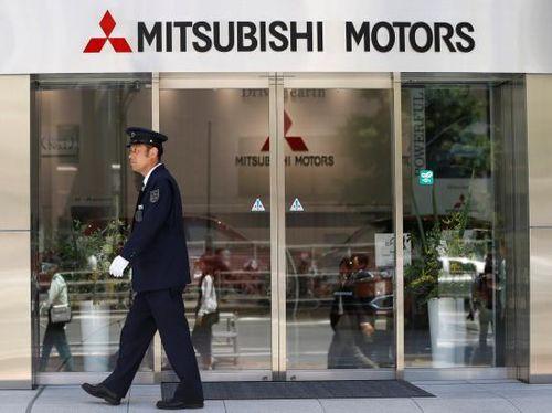 Mitsubishi bị Bộ Giao thông Nhật Bản yêu cầu ngừng bán 8 mẫu xe hơi - Ảnh 1