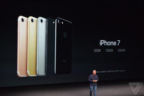 Apple ra mắt iPhone 7: Khen lắm, chê cũng nhiều - Ảnh 1