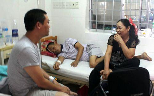 Tin tức ATTP ngày 19/7: Kinh hoàng xác lợn chết 'ngụp lặn' trên sông Sài Gòn - Ảnh 3