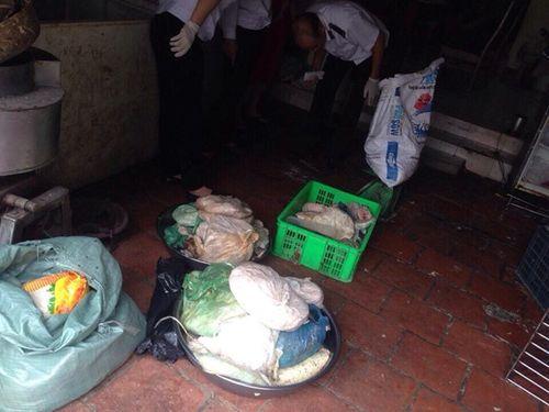 Tin tức ATTP ngày 22/7: Kinh hoàng nem chua làm từ thịt thối - Ảnh 1