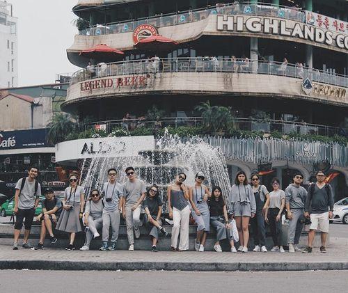Nhóm bạn thân Thái Lan chụp ảnh như mẫu thời trang tại Việt Nam - Ảnh 2
