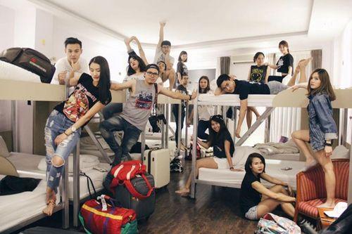 Nhóm bạn thân Thái Lan chụp ảnh như mẫu thời trang tại Việt Nam - Ảnh 11
