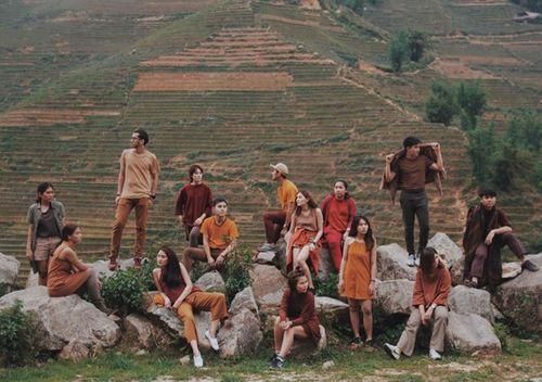 Nhóm bạn thân Thái Lan chụp ảnh như mẫu thời trang tại Việt Nam - Ảnh 3