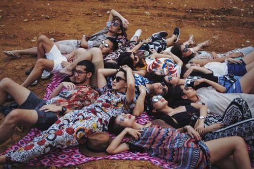 Nhóm bạn thân Thái Lan chụp ảnh như mẫu thời trang tại Việt Nam - Ảnh 4