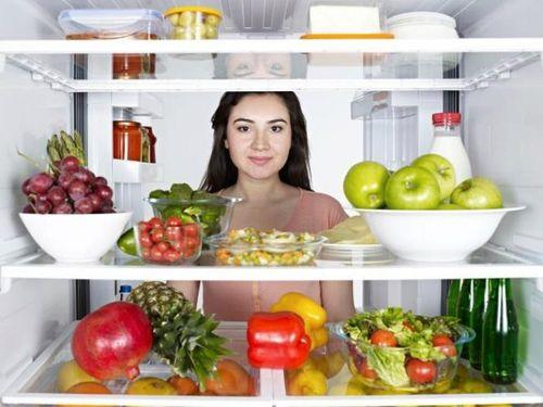 Tại sao nên mua tủ lạnh có ngăn đá dưới? - Ảnh 2