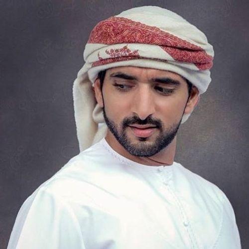 Hoàng tử Dubai đẹp trai, tài giỏi khiến các cô gái mê mẩn - Ảnh 2