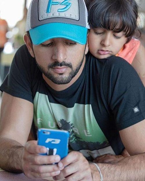 Hoàng tử Dubai đẹp trai, tài giỏi khiến các cô gái mê mẩn - Ảnh 10