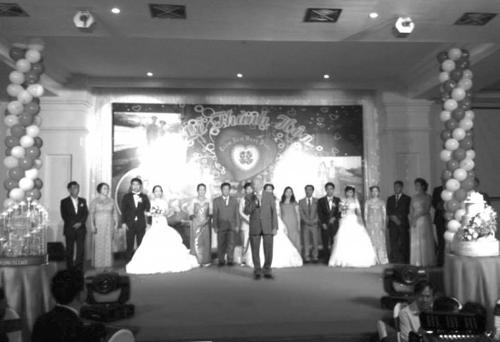 Ba chị em ruột cùng được tổ chức cưới một ngày  - Ảnh 2
