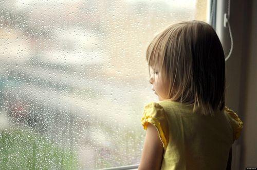 Sai lầm của bố mẹ khi muốn nuôi dạy con trở thành đứa trẻ luôn hạnh phúc - Ảnh 2