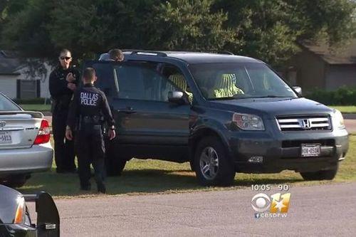 Bé 3 tuổi tử vong vì bị bố mẹ bỏ quên trong xe hơi khi đi nhà thờ - Ảnh 1