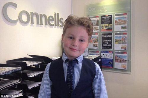 Cậu bé 9 tuổi được làm việc như nhân viên kinh doanh sau khi bỏ học - Ảnh 3