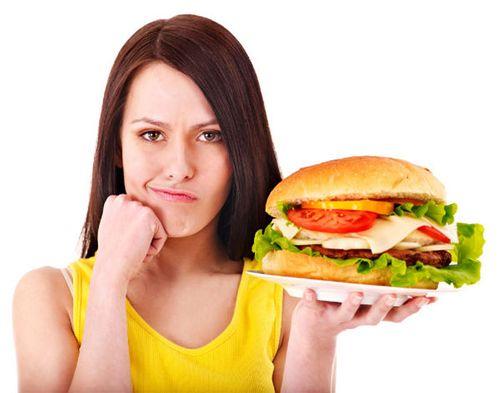 Những thực phẩm nên tránh ăn trước khi bơi - Ảnh 2