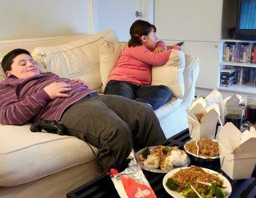 Rủi ro phụ huynh ít nghĩ đến khi con bị thừa cân béo phì - Ảnh 1