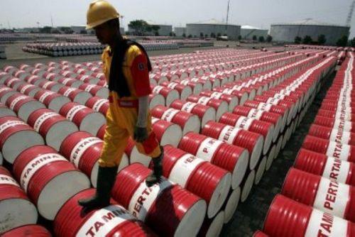 Giá dầu thế giới tăng mạnh nhưng dự đoán không thể bứt phá - Ảnh 1