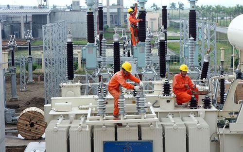 Xem xét nhập khẩu điện phục vụ thị trường miền Nam - Ảnh 1