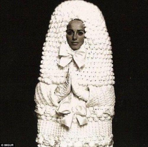 Những bộ áo cưới thảm họa nhất trong lịch sử thời trang - Ảnh 13