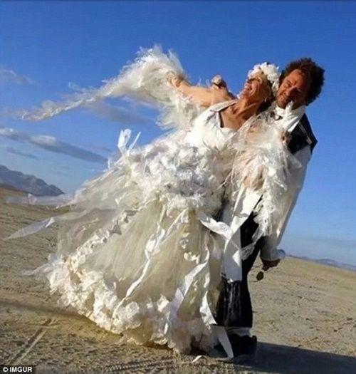 Những bộ áo cưới thảm họa nhất trong lịch sử thời trang - Ảnh 14
