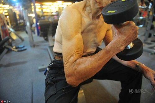 Cụ ông 94 tuổi vẫn chăm tập gym mỗi ngày - Ảnh 2